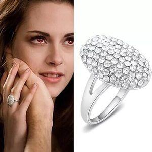 Jewelry - 🆕 Bella Twilight Wedding Ring Size 7